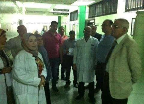 """نائب رئيس جامعة المنصورة يتفقد """"الخدمات الطبية"""" أثناء الامتحانات"""