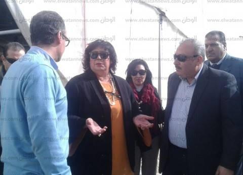اجتماع مجلس الوزراء يمنع إيناس عبد الدايم من حضور ندوة في معرض الكتاب