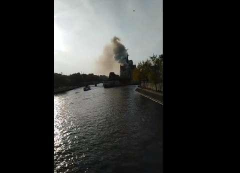 """""""ماكرون"""" يتوجه إلى موقع كاتدرائية نوتردام"""