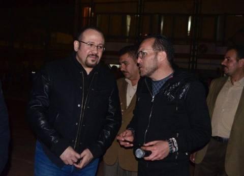 هشام عباس يغني تتر مسلسل أرض النفاق