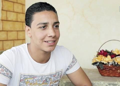 «إسلام» عمره 16 سنة.. خرج لمساعدة والده فصدمه الواقع: «الأجرة 1200 جنيه بندفع ربعهم مواصلات»