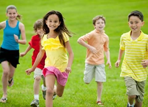 دراسة: الأطفال الأكثر تعرضا لضوء الشمس أقل إصابة بقصر النظر