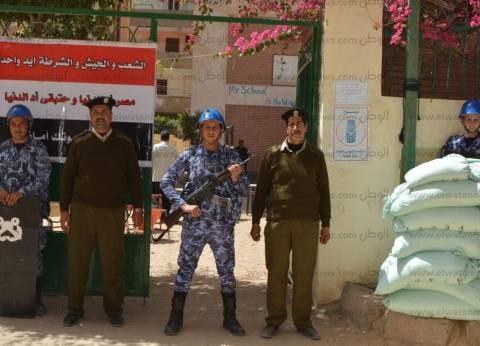 بالصور| تكثيف أمني للجيش والشرطة أمام اللجان الانتخابية في كفر الشيخ