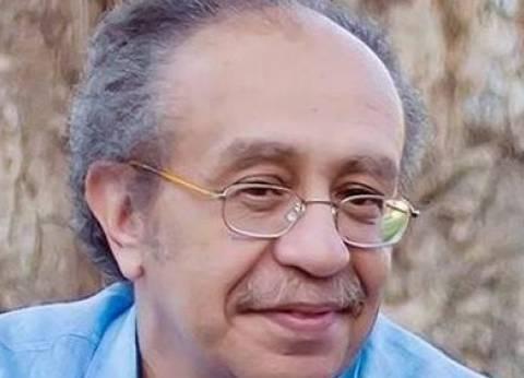 تكريم عصام السيد وأحمد بدير وراتب بافتتاح مهرجان المسرح الجامعي غدا