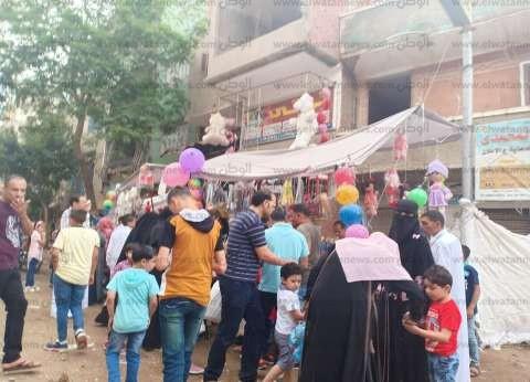 آلاف المواطنين يتوافدون على الحدائق في الغربية للاحتفال بعيد الفطر