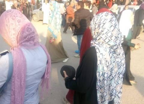 لجان الاستفتاء في السلام والنهضة تفتح أبوابها أمام الناخبين
