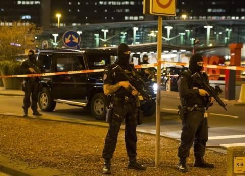 """الشرطة الهولندية تفرق بالقوة آلاف المتظاهرين الأتراك في """"روتردام"""""""