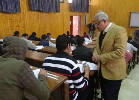 رئيس جامعة المنيا: الدولة مهتمة بتوفير وظائف لائقة لمتحدي الإعاقة