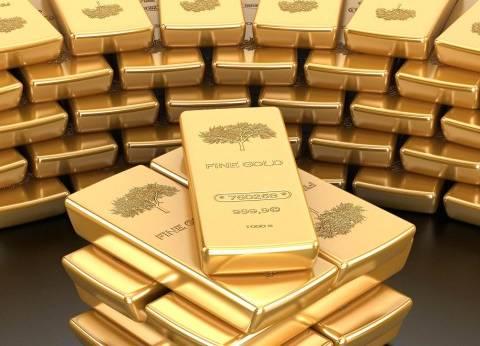 الذهب يهبط عند التسوية بسبب قوة الدولار الأمريكي