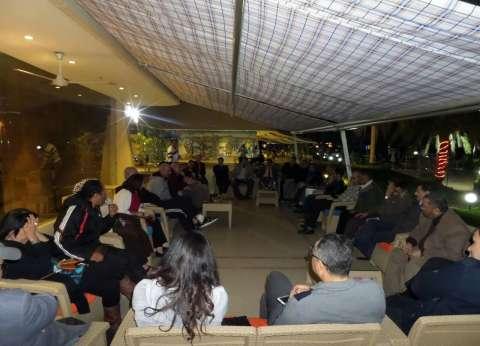 """مشاركو """"الدولي للفنون الشعبية"""" ينظمون أمسية شعرية على ضفاف نهر الأقصر"""