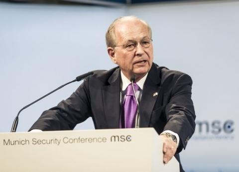 """أفضل دبلوماسي سابق ومدرب تزلج.. معلومات عن رئيس مؤتمر """"ميونخ للأمن"""""""