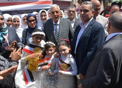"""""""شاروبيم"""" يتفقد لجان الاستفتاء بالسنبلاوين: """"هو ده شعب مصر الحقيقي"""""""