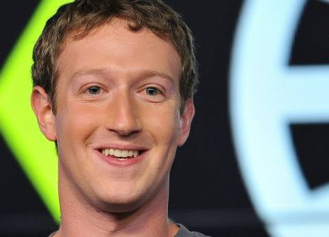 """""""مارك"""": فيس بوك عزز دفاعاته وما يحدث على الشبكة """"سباق تسلح"""""""