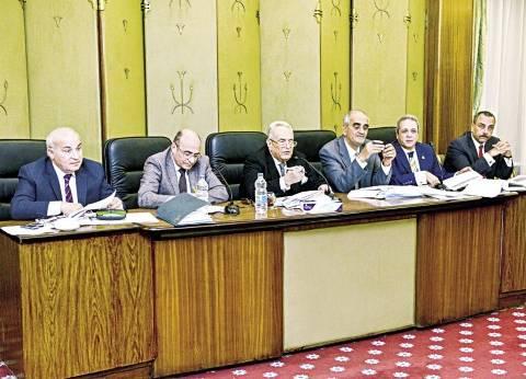 عاجل| البرلمان: نؤيد القيادة السياسية في موقفها الحازم من الإرهاب