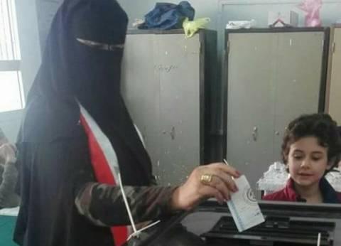 أبناء العريش خلال التصويت: نشارك بالانتخابات من أجل القضاء على الإرهاب