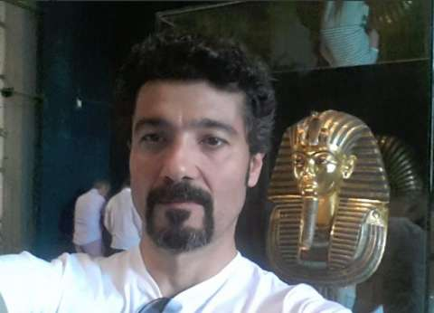 خالد النبوي: مديحة يسري من أساطير الفن المصري