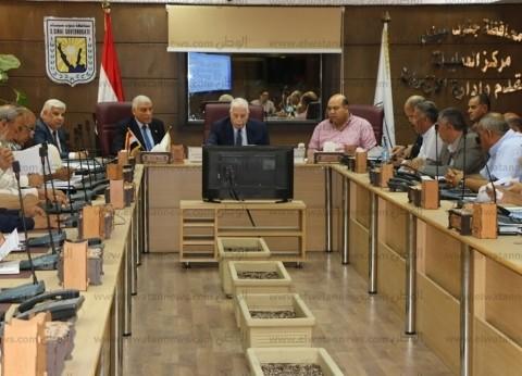 فوده: 16 مليون جنيه لتطوير مدينة طور سيناء وإنشاء 6 ملاعب بالمحافظة