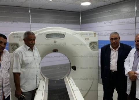 بالصور| رئيس مدينة سيدي سالم يتفقد الأجهزة الجديدة بالمستشفى