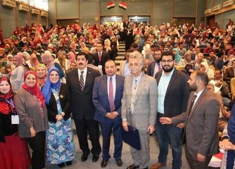 """""""لا للعنف ضد الأطفال"""".. مؤتمر في جامعة بني سويف بحضور نقيب أطباء مصر"""