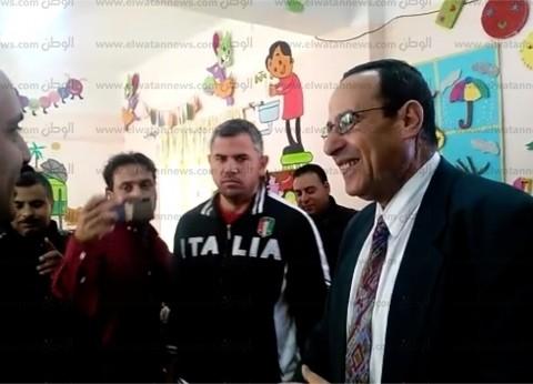 محافظ شمال سيناء يتفقد الدراسة في عدد من مدارس العريش