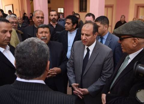 محافظ الإسكندرية يحيل المسؤولين عن تطبيق قرار إزالة عقار مخالف للنيابة الإدارية