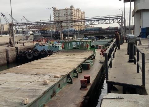 """""""النقل النهري"""": الأهوسة الملاحية تستعد لاستقبال أساطيل الفحم عطواني"""