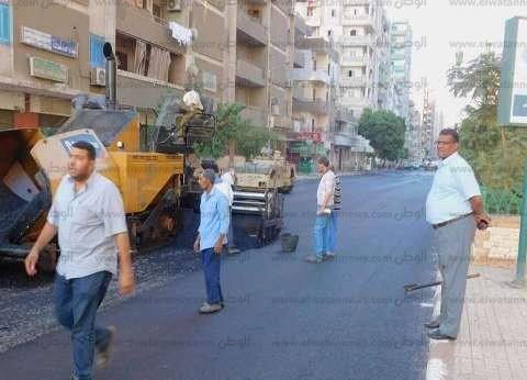 رصف 65 شارعا بحي شرق ضمن خطة رفع كفاءة الطرق بأسيوط