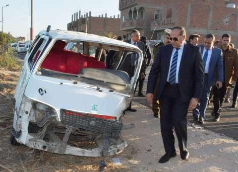إصابة 11 شخصا في تصادم 3 سيارات بسوهاج