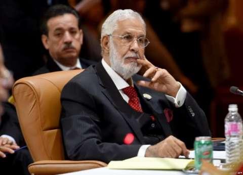 """""""الخارجية الليبية"""" تنفي علمها بأي لقاء مرتقب بين """"السراج"""" و""""حفتر"""""""