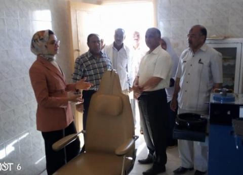 """نائب محافظ الوادي الجديد تتفقد """"صحية الشيخ مفتاح"""" وتحيل صيدلي للتحقيق"""