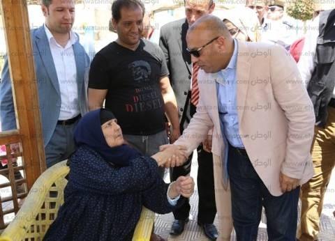 """محافظ المنوفية يشارك الأهالي احتفالهم بـ""""شم النسيم"""""""