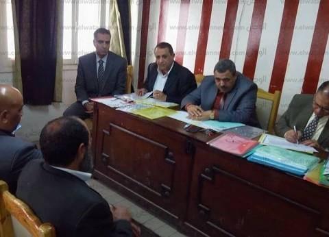 مدير إدارة قلين التعليمية يطالب مديري المدارس بإعلان جداول الامتحانات
