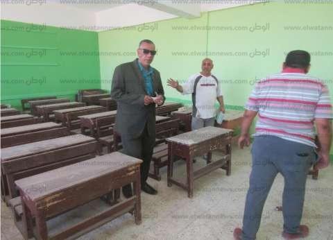 بالصور| رئيس مدينة أبو رديس يتابع استعدادات المدارس لاستقبال الطلاب