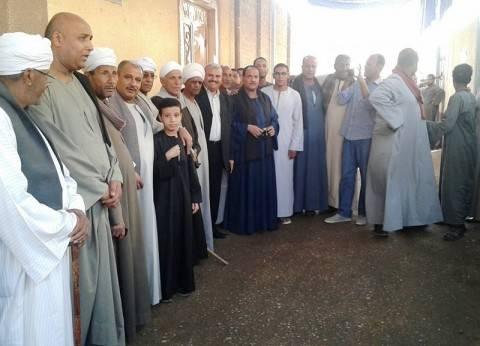 كثافة تصويتية كبيرة في لجان الانتخابات بسوهاج