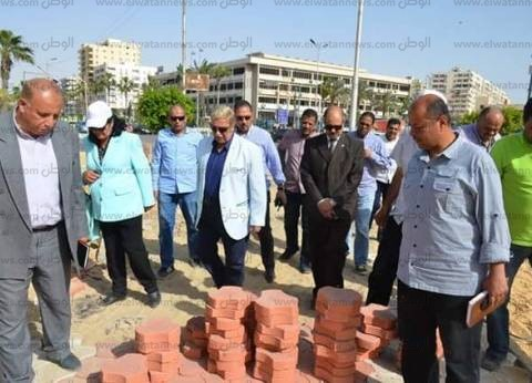 محافظ الإسماعيلية يتفقد أعمال تطوير حديقة الشيخ زايد بحي ثالث
