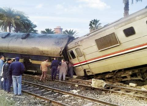 قطار «الغلابة» يهدد مستقبل الحكومة