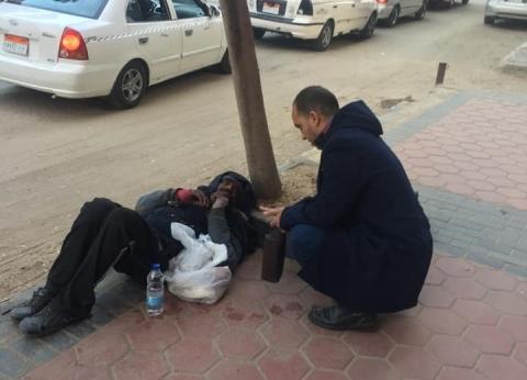 """""""التضامن"""" تستجيب لاستغاثة مواطن لإنقاذ أحد المشردين"""