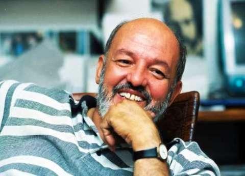 بالفيديو| سر الخلاف بين المخرج الراحل محمد خان وخيري بشارة