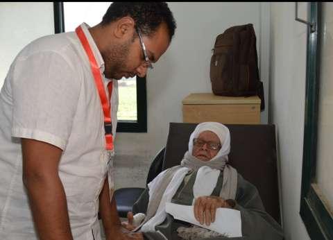لليوم الثاني.. قافلة جامعة عين شمس تواصل تقديم خدماتها لأهالي بني سويف