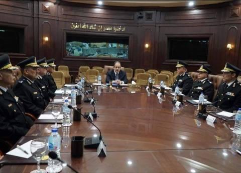 وزير الداخلية يراجع مع مساعديه خطط تأمين اللجان الانتخابية