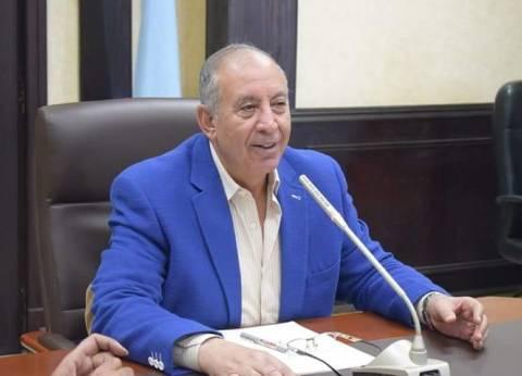 محافظ البحر الأحمر يتابع العملية الانتخابية بالبث المباشر