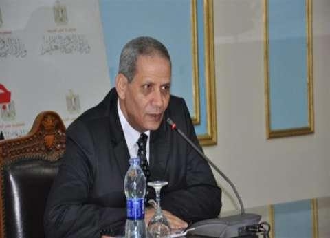 دعوى قضائية مستعجلة تتهم وزير التربية والتعليم بتبديل أوراق طالبة