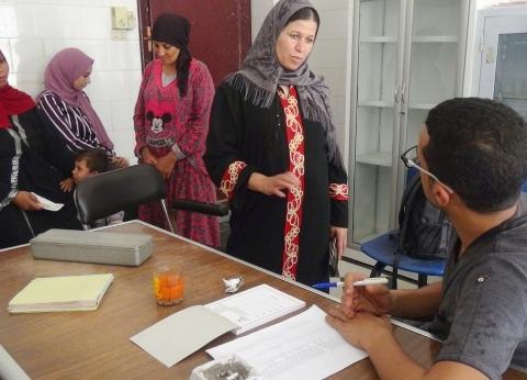 الكشف على 1875 مواطن في قافلة لجامعة المنيا بقرية ههيا