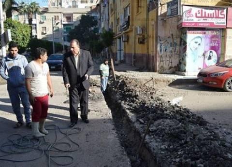 بالصور| مساعد محافظ كفر الشيخ يوجه بتغطية غرف الصرف الصحي وصيانتها