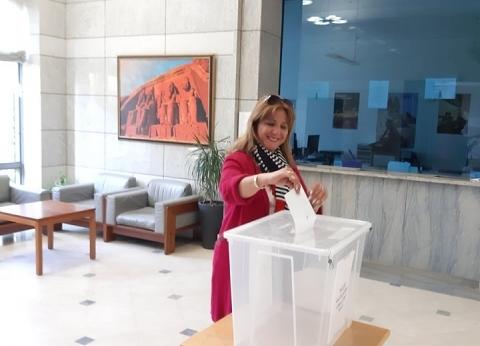 قنصل مصر بجدة: الناخبون أمام لجان الاستفتاء قبل فتحها