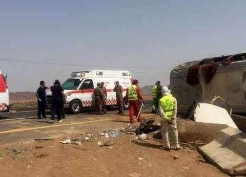 حالتا وفاة و36 إصابة جراء انقلاب حافلة معتمرين في السعودية