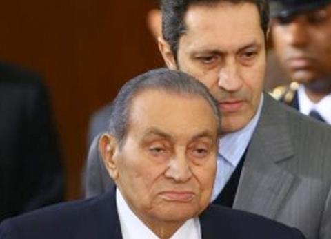 مبارك: المتسللون هربوا المساجين وأطلقوا النار على المتظاهرين بالتحرير
