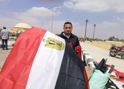 """""""علم ودبدوب وضحكة"""".. """"أحمد ومحمود"""" شابان في مهمة وطنية"""