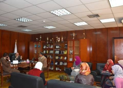 نائب رئيس جامعة السادات يجتمع بمدير المدن الجامعية لبحث مشاكل الطلاب