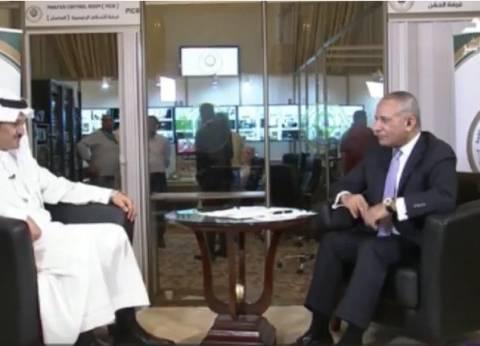 """أحمد موسى يتعرض لموقف محرج على الهواء: """"يلا نجري"""""""